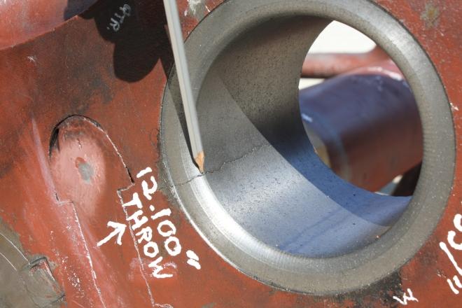 Crankpin hole