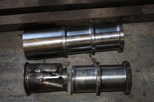 Newly machined crankpin, alongside the old one.