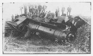 Whoops!  November 25, 1919 accident which destroyed the original cab.